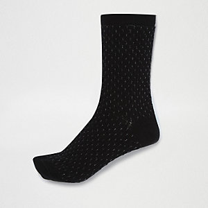 Black pintuck socks