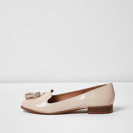 Nude patent tassel loafers
