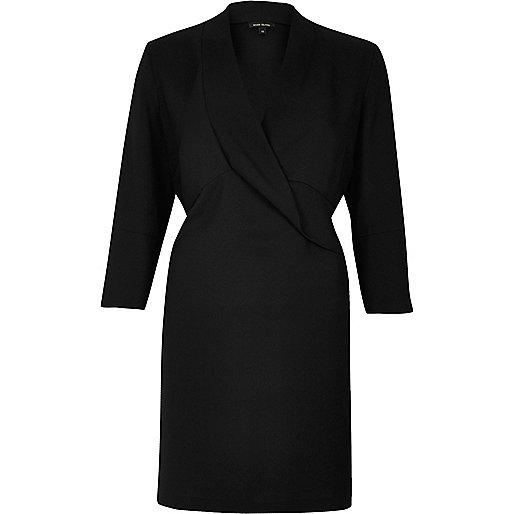 Robe chemise fluide noire drapée