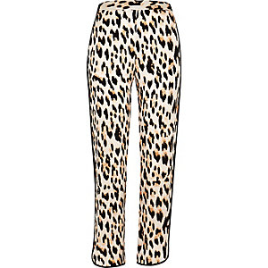 Leopard print soft tapered pants