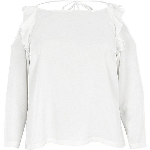 Plus – Oberteil in Creme mit Schulterausschnitten und Rüschen
