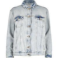 Veste en jean bleu clair déchirée ornée de strass