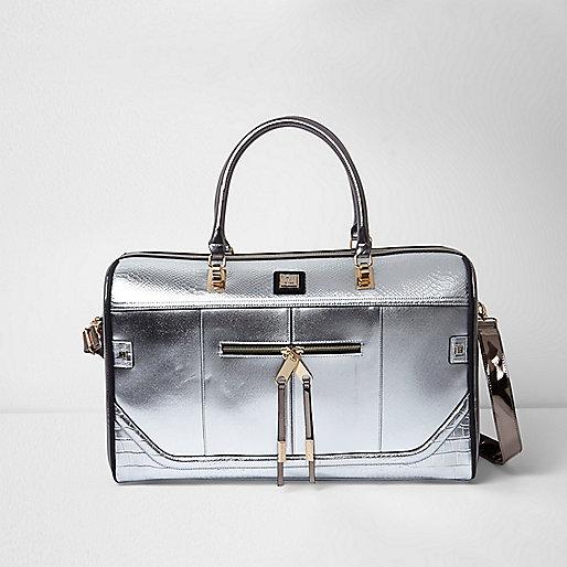 Silver metallic weekend bag