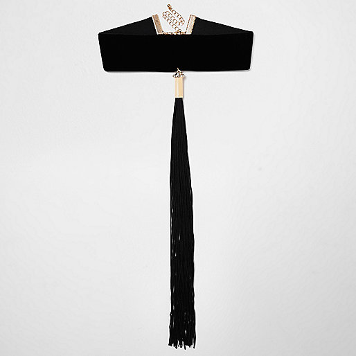 Black wide tassel choker