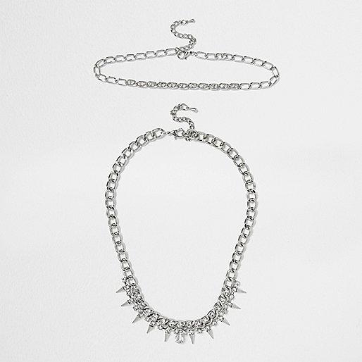 Collier en chaîne argenté à pointe en cristal