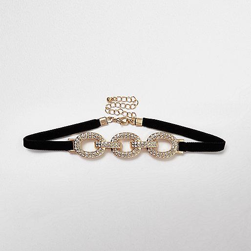 Halsband mit drei Ringen in Gold