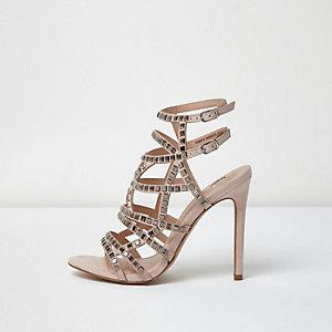 Chaussures ornées argentées à talons et brides