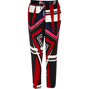 Red print soft tapered pants
