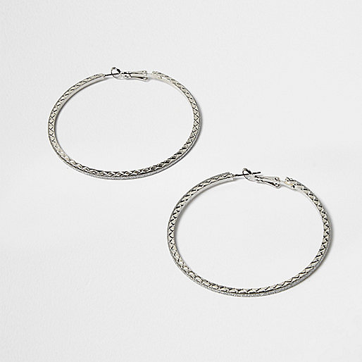 Silver tone hybrid hoop earrings