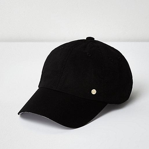 Black soft cap