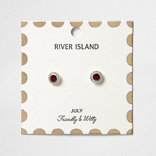 Ohrstecker mit rotem Geburtsstein des Monats Juli