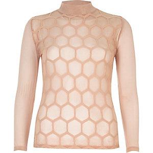 Top col montant en tulle rose tendre à motif hexagonal