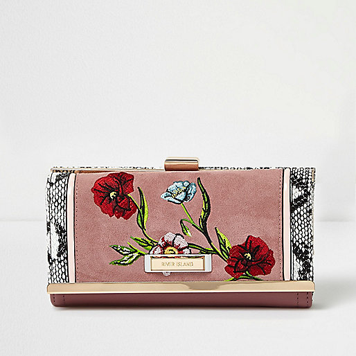 Pink floral embroidered clip top purse