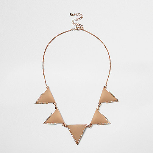 Collier volumineux doré rose motif triangle