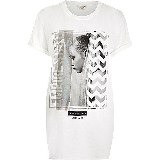 White photographic print boyfriend t-shirt