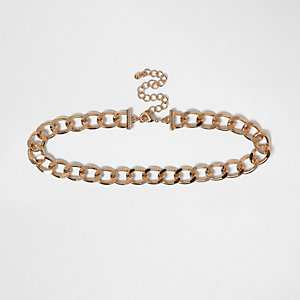 Gold tone curb chain choker
