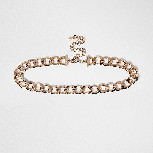 Gold tone curb chain choker