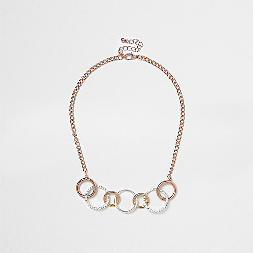 Gold tone circle link pace necklace