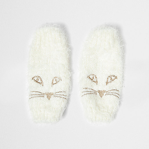 Cream fluffy knit cat face handwarmers