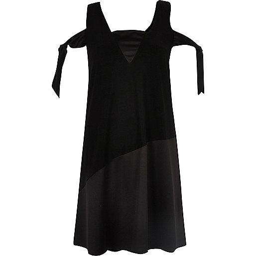 Black tied cold shoulder swing dress