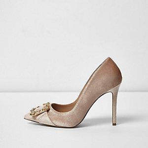 Nude velvet buckle court shoes