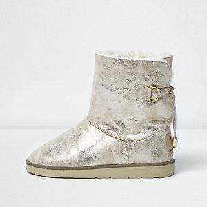 Goldene Slipper-Stiefel aus Wildlederimitat mit Kunstfellbesatz