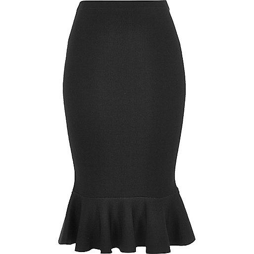 Black flute hem pencil skirt