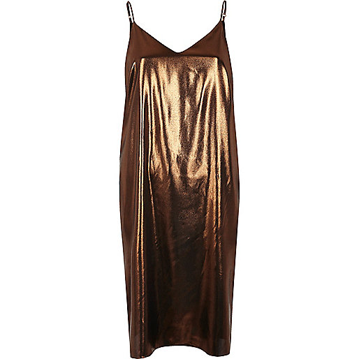Trägerkleid in Midilänge in Bronze