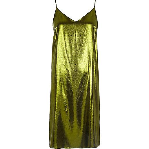 Mittellanges Trägerkleid in Grün-Metallic
