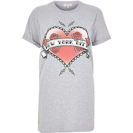 T-shirt imprimé NYC avec cœur gris coupe boyfriend