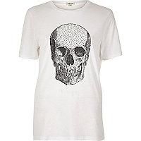 Weißes T-Shirt mit Nieten und Totenkopfprint