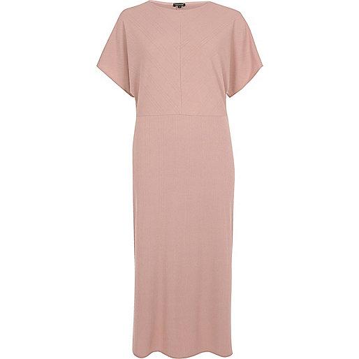 Pink batwing sleeve midi dress