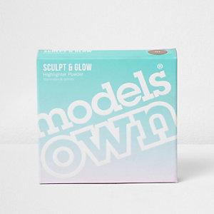 Poudre illuminatrice Models Own sable doré