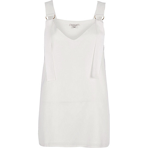 White D-ring strap tunic