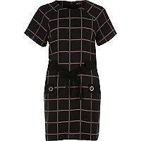Black check bow tied T-shirt dress