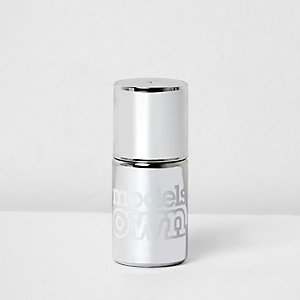 Models Own silver chrome nail polish