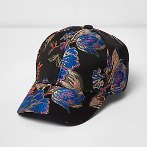 Black print jacquard cap