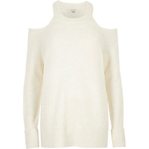 Cream knit choker cold shoulder jumper
