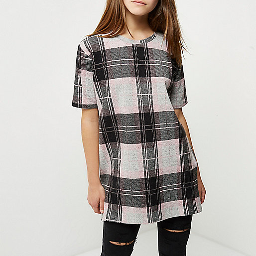 Petite pink check oversized T-shirt