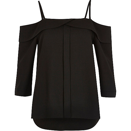 Black placket cold shoulder top