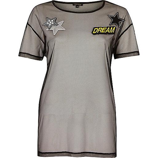 Black mesh badge print T-shirt