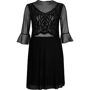 Black mesh lace pleated dress