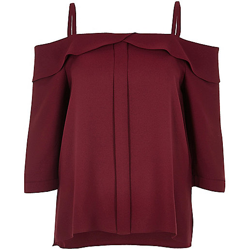 Burgundy placket cold shoulder top