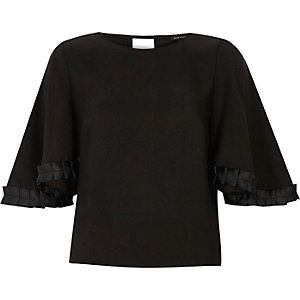 Black grosgrain sleeve top