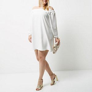 Robe trapèze Plus crème à encolure bardot