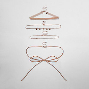 Light pink multi row choker pack