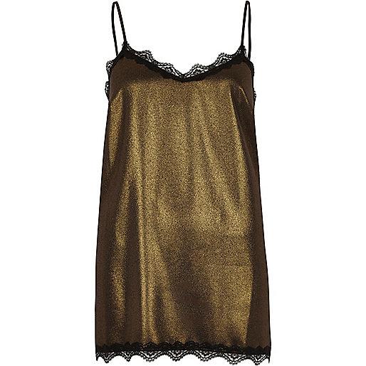 Caraco doré métallisé à bordures en dentelle