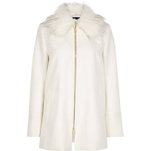 White faux fur collar swing coat
