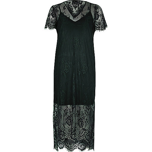 Dunkelgrünes, mittellanges T-Shirt-Kleid