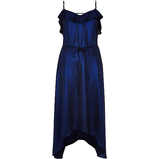 Robe bleu métallisé à volants